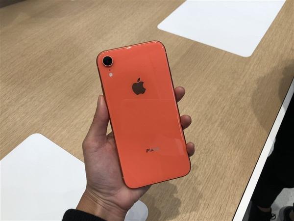 苹果手机要降价是真的吗?哪些机型?降价多少?网友:坐等