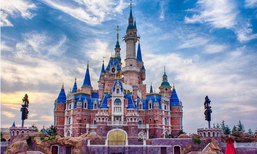 上海迪士尼门票多少钱 上海迪士尼2人一天花费 上海迪士尼所有项目表