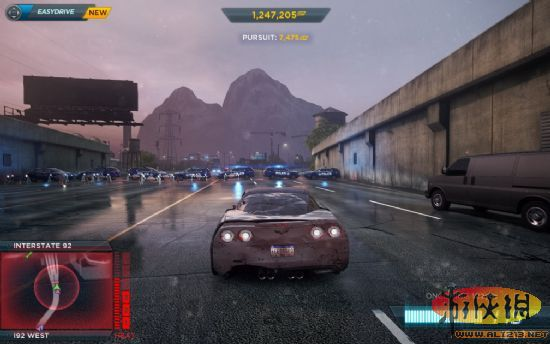 《极品飞车17》cop及对抗方式详解