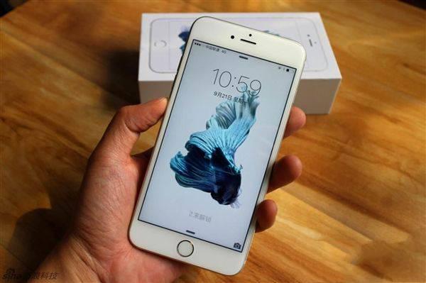 iPhone6S有电自动关机是怎么回事